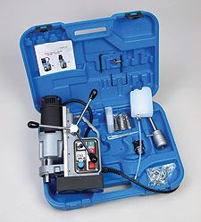 Standard CSU 50AC Equipment including, lubricartion, auto chuck cutter holder, and saftey pins