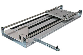 saw cutting table