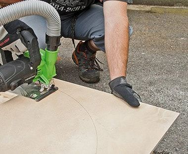 """Using 4-1/2"""" diamond blade and EDS 125 saw for curved cut"""