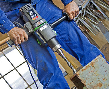 EHB 32 Hand-Held Steel Drilling Application