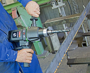 EHB 32 Hand-Held Steel Stud Drilling Application