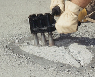 Heavy-duty triple head scabbler application