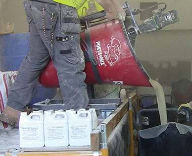 air self leveling mixer pouring