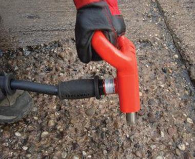 Triple head scabbling hammer application
