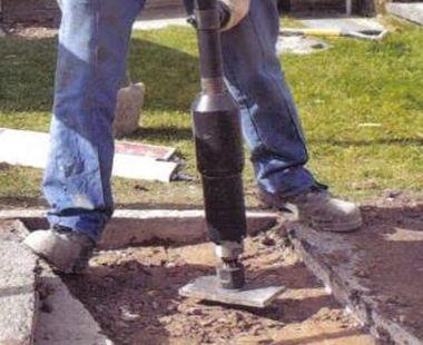 Pole tamper application