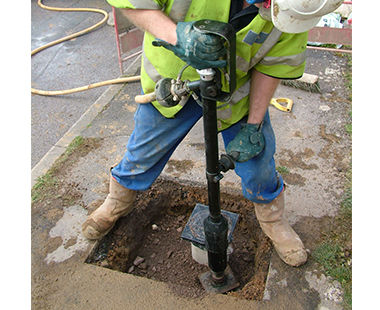 Pole tamper application