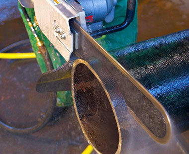 Pneumatic PowerGrit Pipe Cutting Saws for Ductile Iron