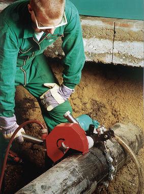 pneumatic pipe cutting