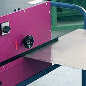 Portable deburring machines