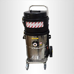 Air-powered antistatic vacuum