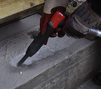 Vibrolo needle scaler asbestos & lead