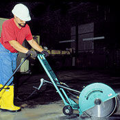 Pneumatic concrete cut-off circular saw